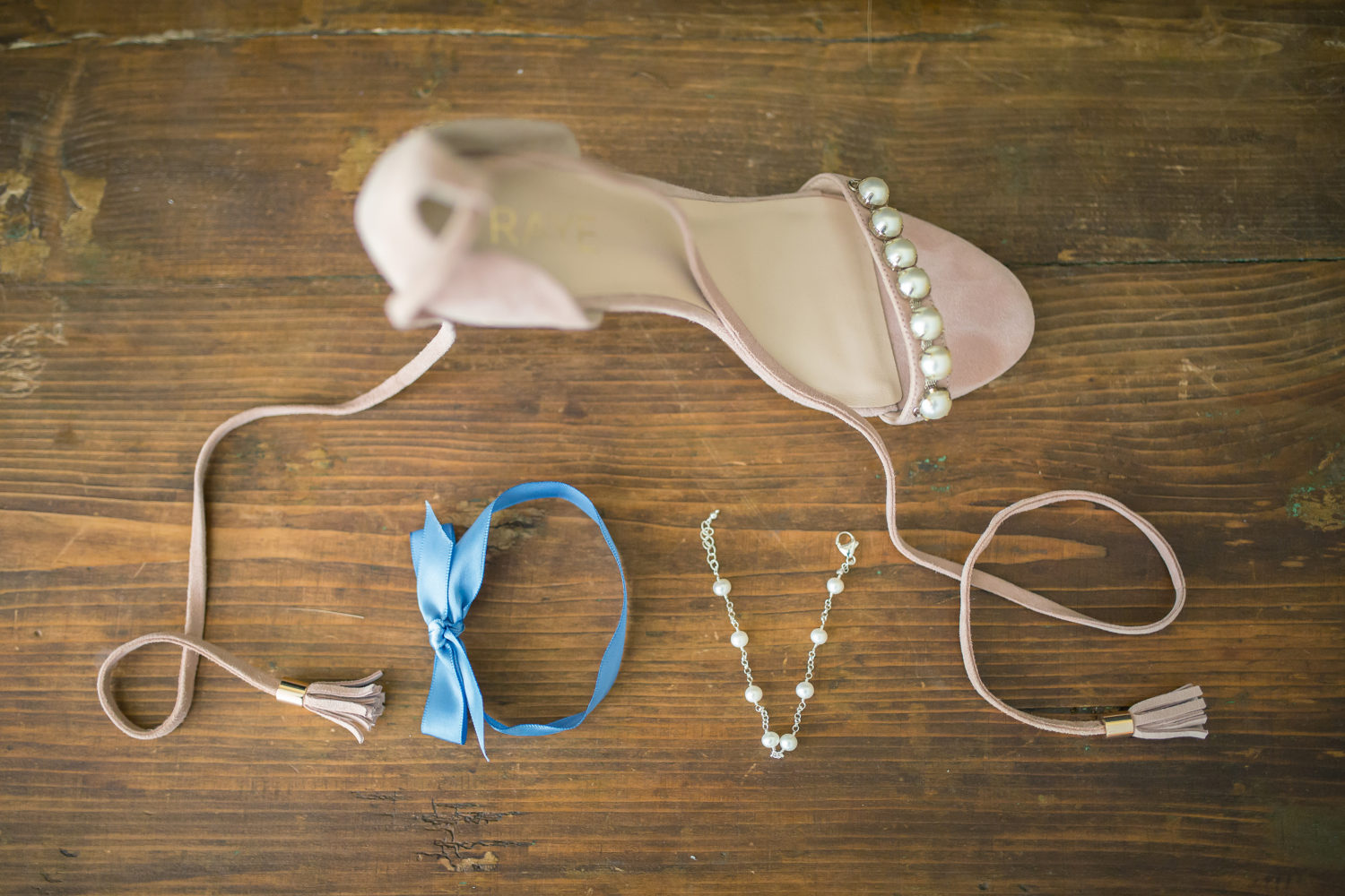 Wedding bride Love shoe